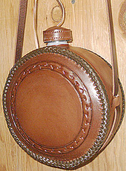 Old Time Border Custom Leather Canteen, Classic Design Saddler